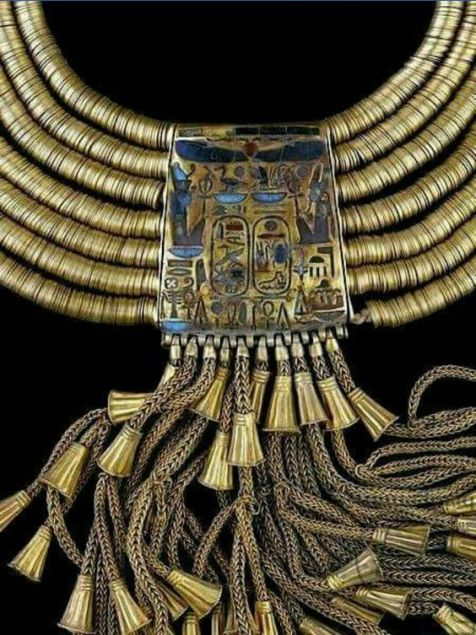 11 photos of Lavish Pieces of Jewelry from Ancient Egypt